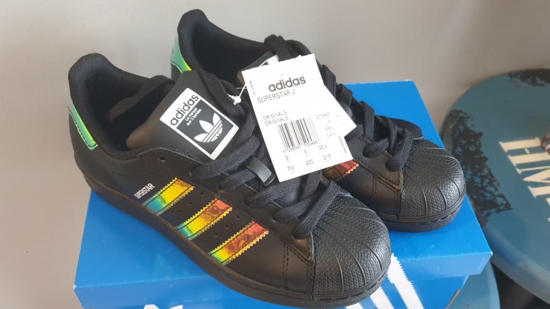buy online e2d13 6d78d Limited Edition Adidas Superstar J (Size UK3), Women's ...