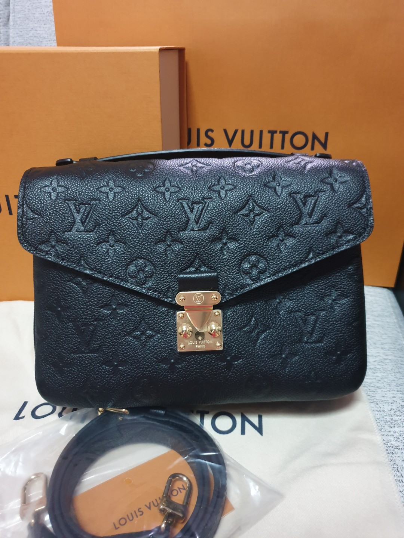 c08878cc1e PRICE REDUCED ❤Louis Vuitton
