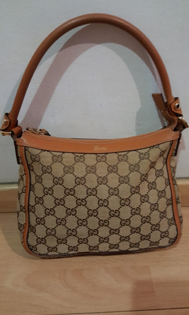 7c222147d Preloved Gucci Handbag, priced to sell, Luxury, Bags & Wallets ...