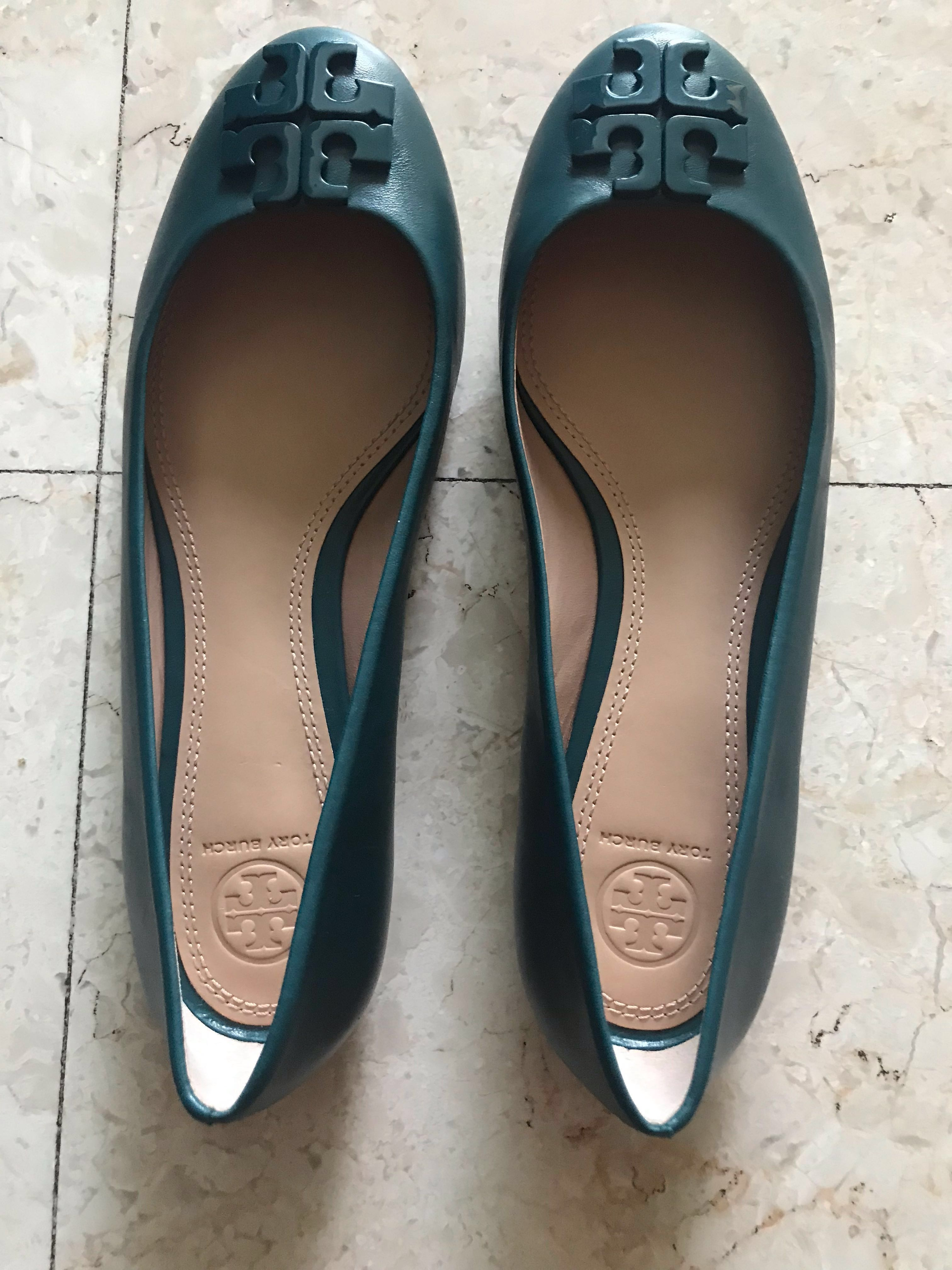 48fa2a03f1f7 Tory Burch shoes (size US 8.5M. New