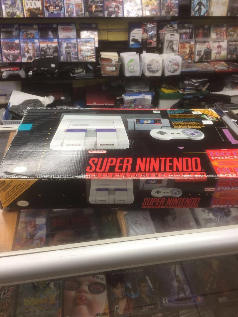 Vintage Super Nintendo - rare with original box 📦 one controller