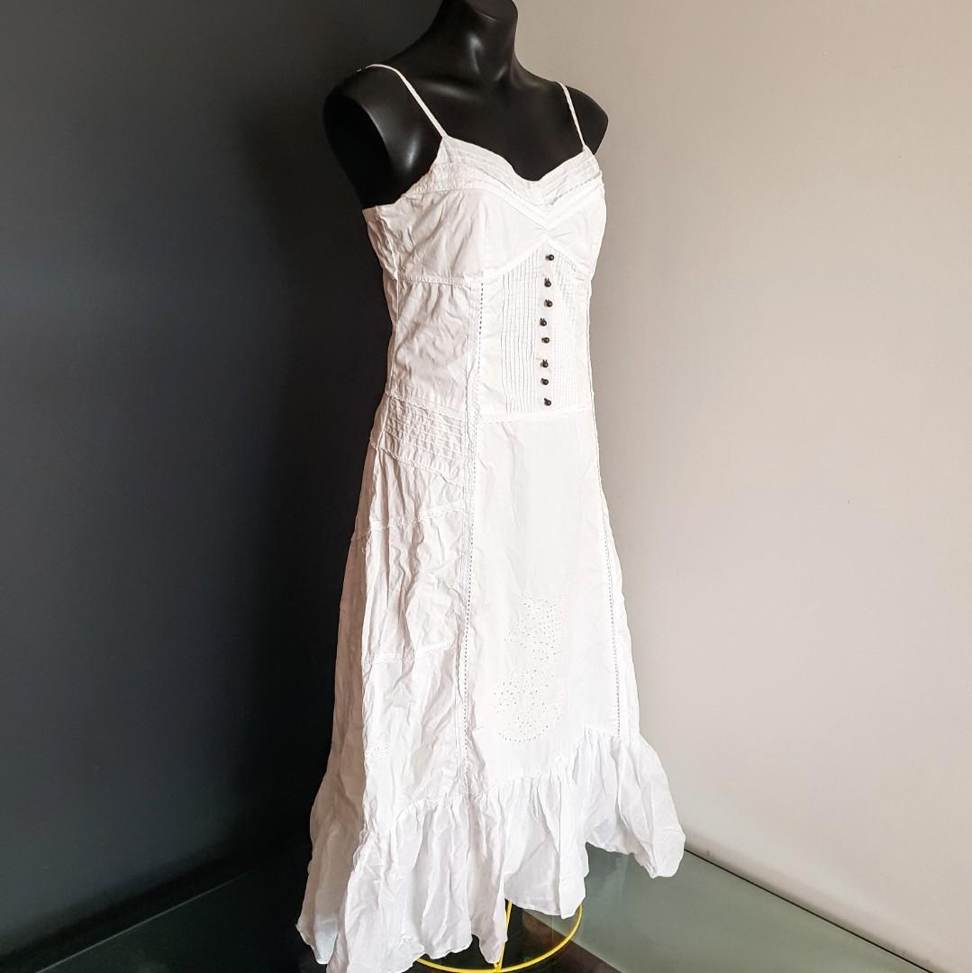 Women's size 10 'CHARTER CLUB' Gorgeous white bohemian summer dress - AS NEW