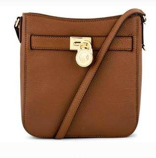 b769631a91b9 Authentic Michael Kors Hamilton Travel Messenger Full Leather Crossbody  Sling Bag /Acorn Brown Selling @