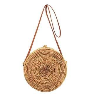 Round woven rattan bag