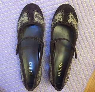 Authentic Guess Flats (BNEW!)