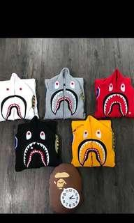 🚚 BAPE 鯊魚連帽上衣 正品無標