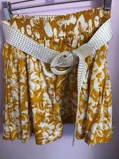 Forever 21 floral/belted skirt
