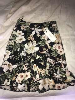 Sheike bouquet skirt