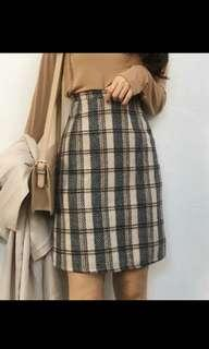 Mid length Checkered Skirt
