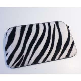【PAULE KA】Zebra pattern Pouch wallet clutch
