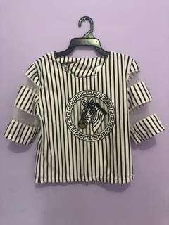 Baju gambar zebra hitam putih
