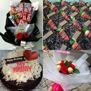 Bouquet surprise wth cake or brownies