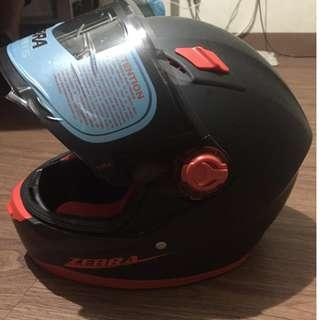 Full face helmet small size