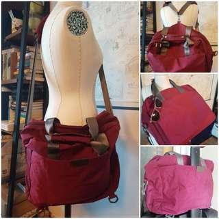 🚚 4-way convertible travel bag
