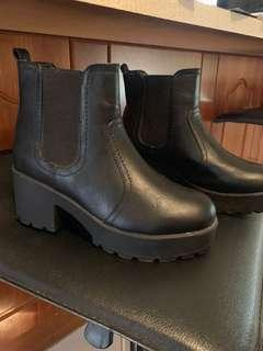 NEW BOOTS $50