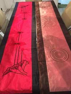 Modern Linen Table Runner Decoration