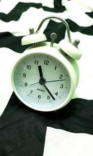 Miniso clocks