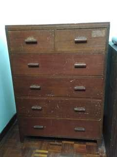 Antique Chest of Drawers (6 drawers)