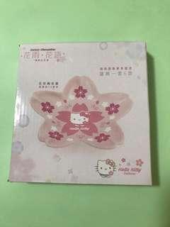全新7-11 Sanrio陶瓷花形碟