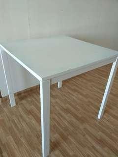 Jualan Pindah Rumah!! Meja Makan Ikea