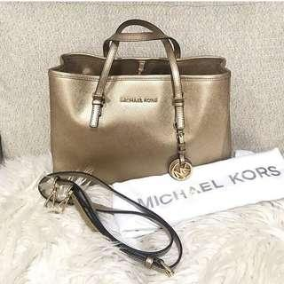 Michael Kors Jet Set Travel (Pale Gold)