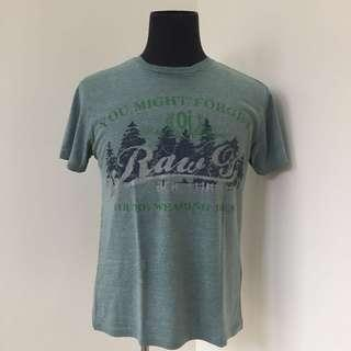 Bench T-shirt (minimal flaw)