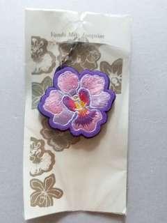 經典紫色刺繡蘭花匙扣
