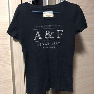 🚚 A&F Navy Blue Tshirt (Size M)