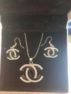 Chanel necklace and earring set (replica)