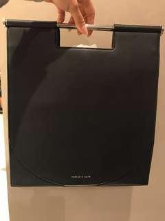 SALE 50%++ tas Charles n Keith ada tali panjang lengkap dengan tag harga dan papperbag
