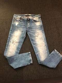 Zara Trafluc Ripped Jeans