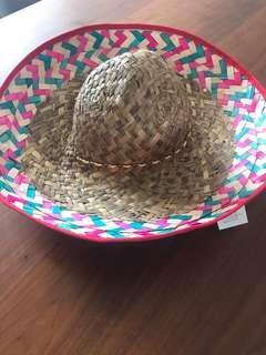 🚚 Mexican sombrero hat