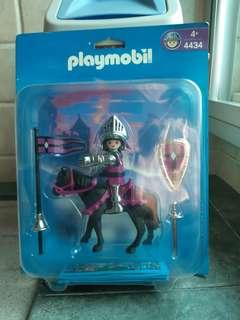 Galoob Playmobil 4434 Purple Knight On Horse New Vintage 2004 NOT Lego Pirates American Red Indian Cowboy