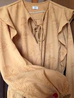 Aritzia (Wilfred) spring/summer dress