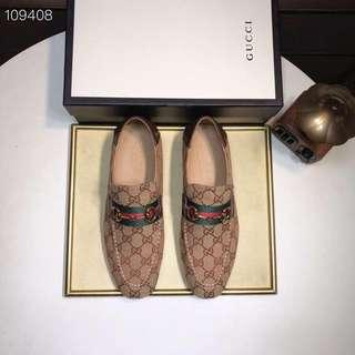 Gucci Dress shoes for Men