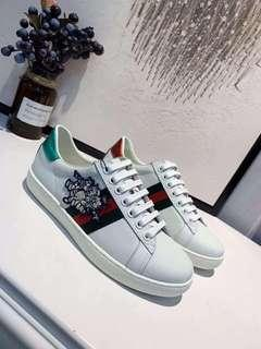 Gucci Ace Sneakers with pig patch Unisex