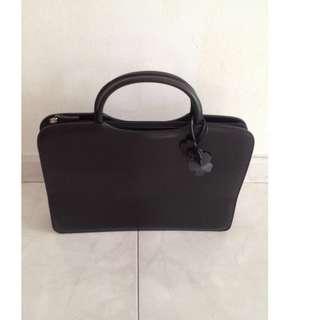 🚚 Black Perllini Bag - 2 pieces, 1 SOLD