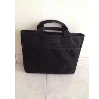 🚚 Black Laptop Bag - 2 pieces, 1 SOLD