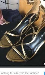 🚚 Authentic Aldo shoes