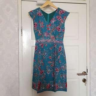 Dress Batik Manis