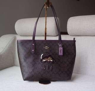 AUTHENTIC COACH CITY ZIP TOTE IN SIGNATURE CANVAS WITH GLITTER PATCH (CFO)