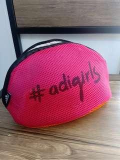 Adigirls pouch