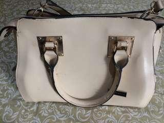 Sling bag Charles & Keith No Authentic