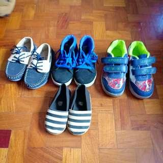 Preloved shoes for litte boys