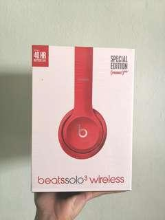 Beats Solo3 Wireless in Citrus Red