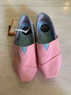 BNWT Girl's shoes