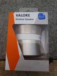 Valore KB100 Silver BT speaker