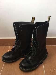 Dr Martens Boots18洞90%new