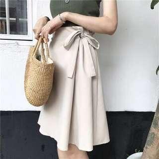 🚚 [PREORDER] Silky Ribbon Skirt (Black/Apricot)