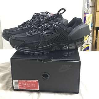 Nike x ACW Vomero 5+ in Onyx